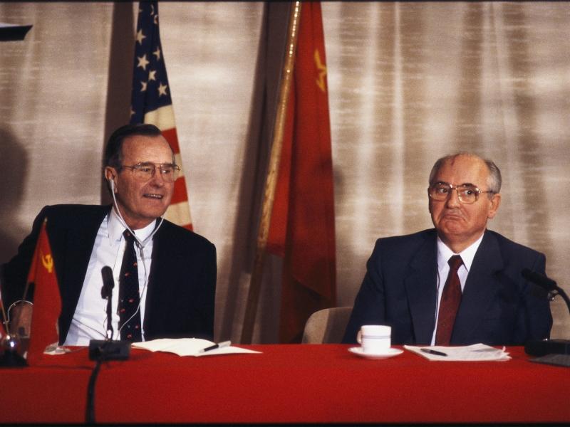influenced conclusion cold war gorbachev reagan